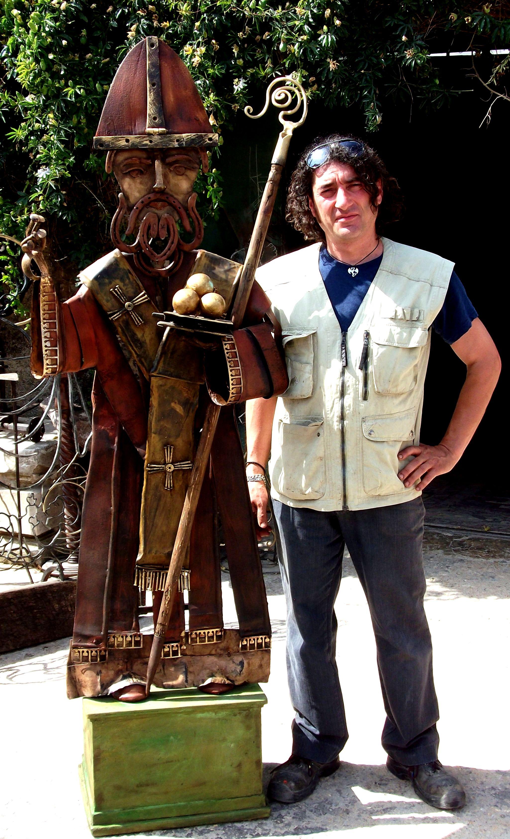 Scultura in ferro di San Nicola di Bari