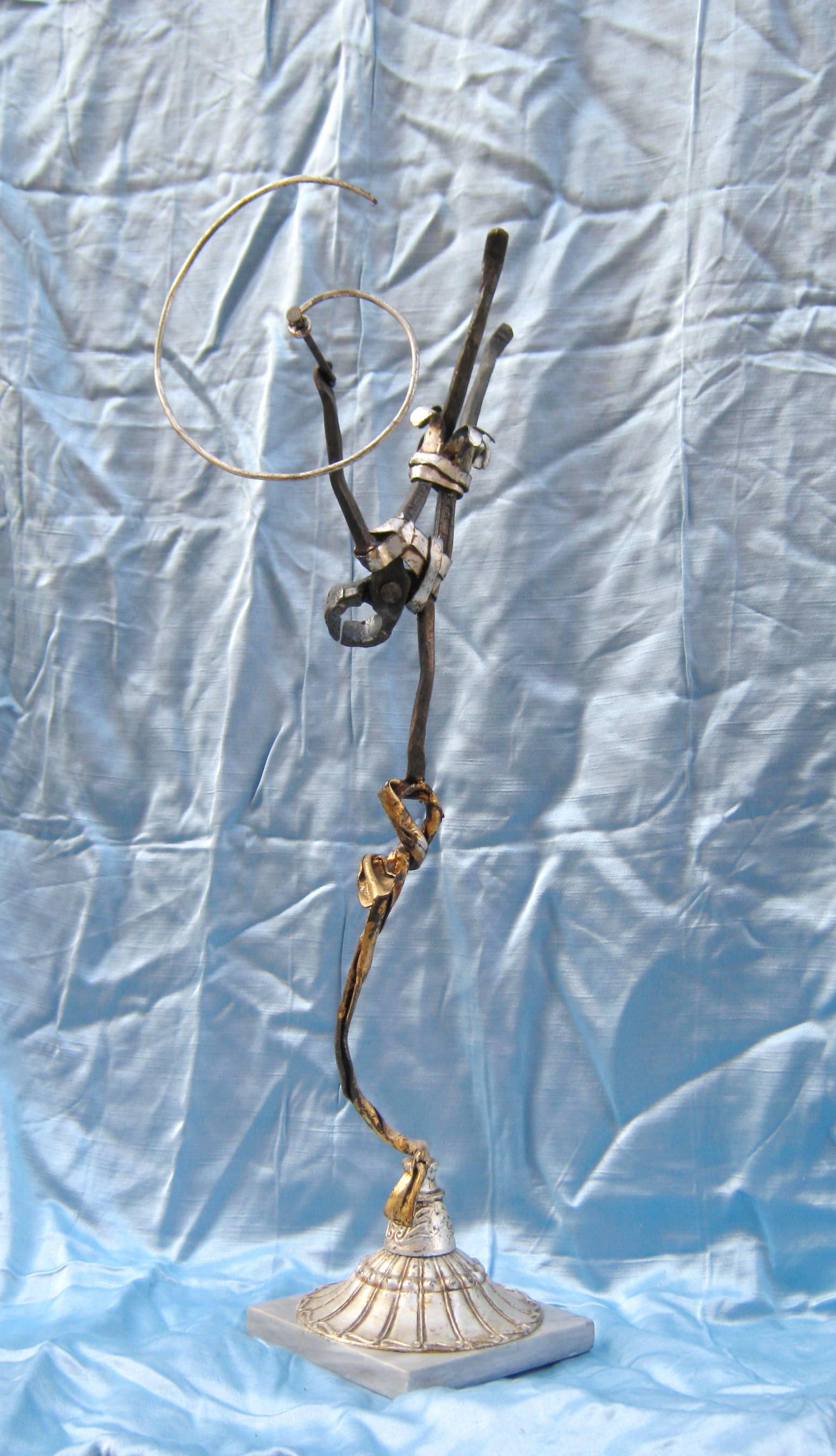 Ballerina acrobata in ferro battuto