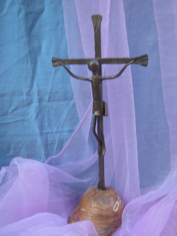 crocifisso in ferro battuto