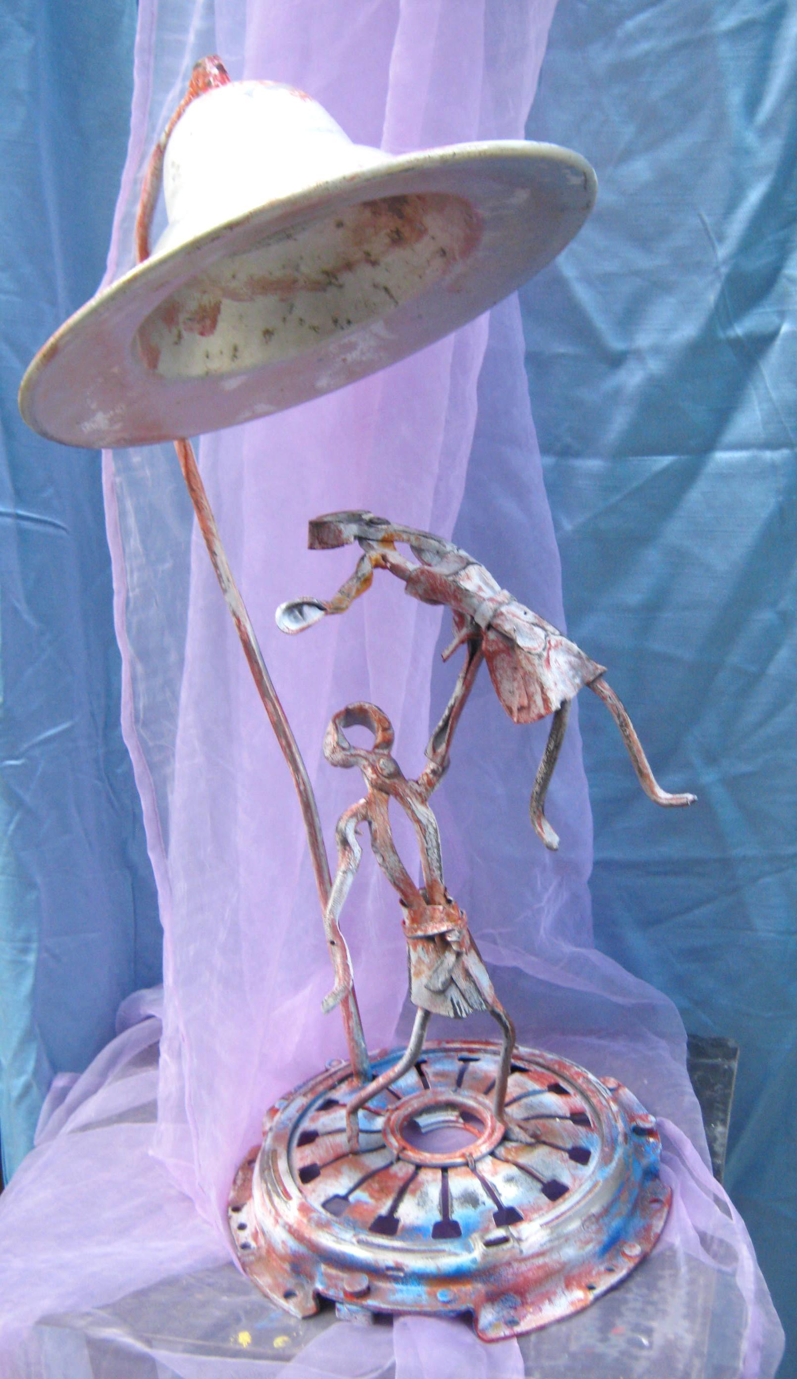 Lampada ballerini in ferro battuto