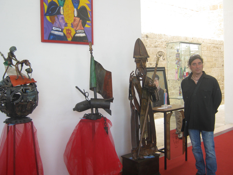 mostra sculture in ferro sala Murat Bari 2012