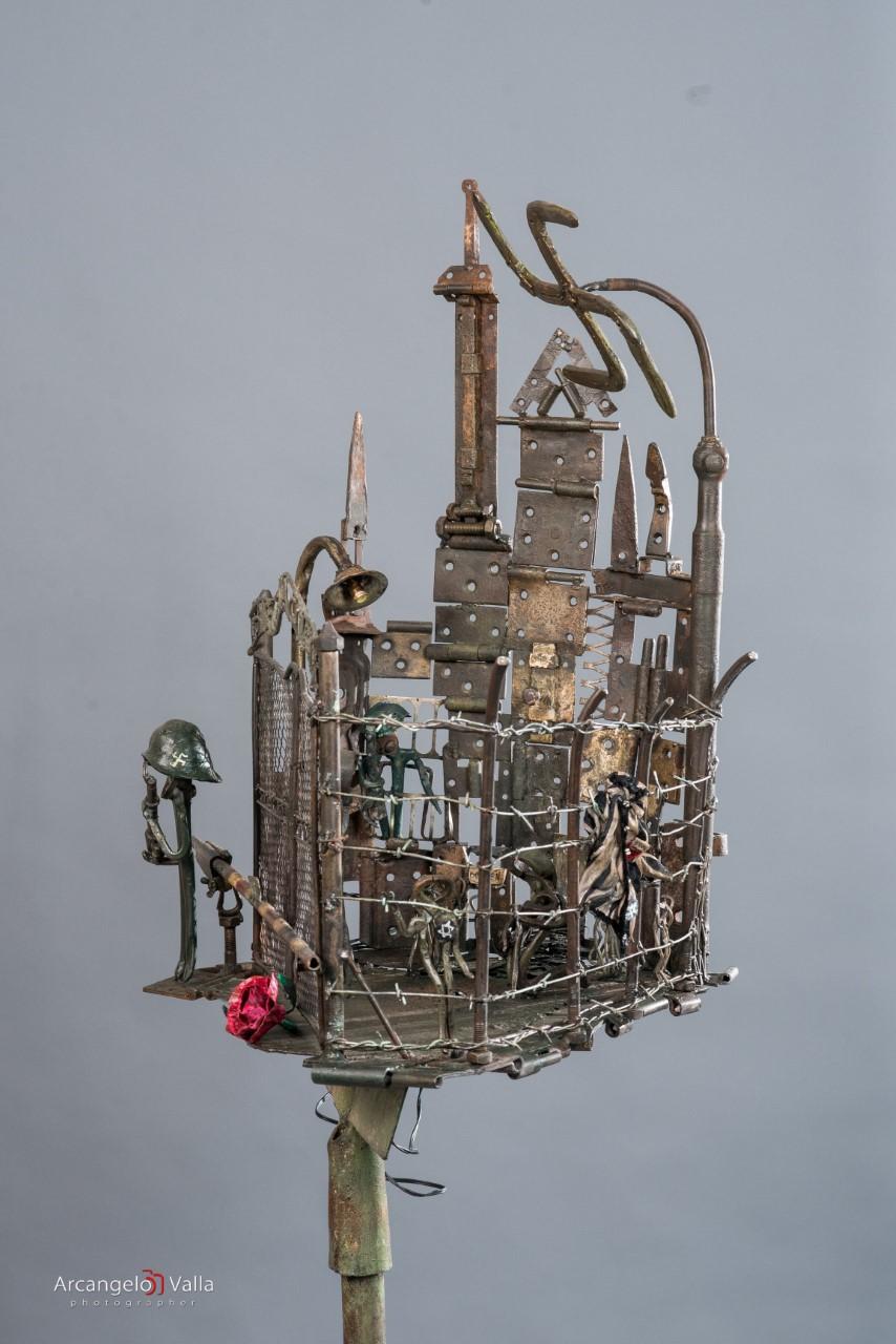 Shoah scultura in ferro